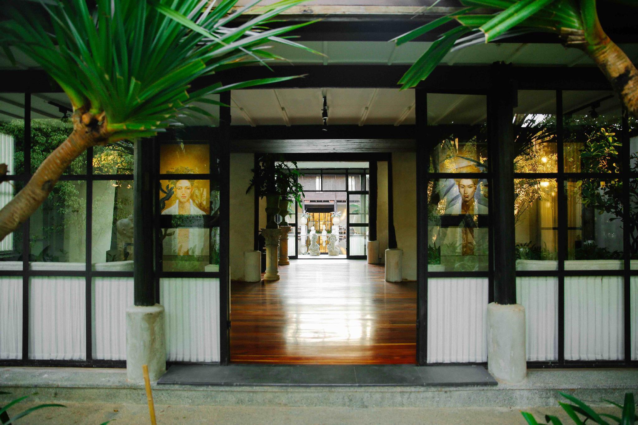 Villa Mahabhirom,Villa Mahabhirom
