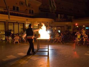 Potamaki Beach Hotel Corfu Island - Greek Night