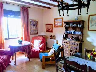 4BR Rosa Cottage in Baena
