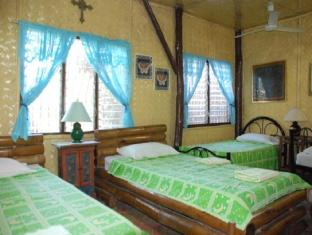 Darayonan Lodge Coron - Guest Room