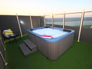 San Simeon Beachfront Apartments best rates