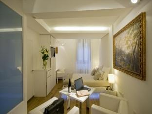 Gigli DOro Suite Rome - Junior Suite Classic With Breakfast