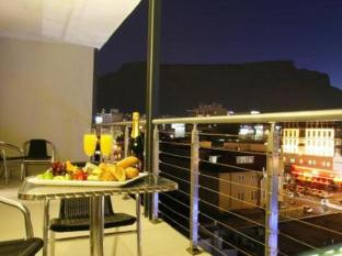 The Rockwell All Suite Hotel and Apartments Cape Town - Balcony/Terrace