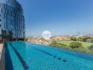 Review St Kilda Road 2 Bedroom 2 Bathroom with Tree View Melbourne AU