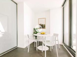 cheap rates Level 42 Premium 1 Bedroom Near Southern Cross with Wifi