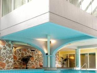 Hotel Riz Ferrari