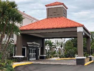 Best Western Plus Bradenton Hotel and Suites
