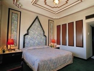 Amarin Nakorn Hotel,โรงแรมอมรินทร์นคร