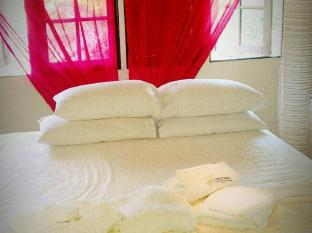 The Secret Sanctuary Boutique Cottage Kuching Kuching - Kamar Tidur