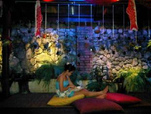 The Secret Sanctuary Boutique Cottage Kuching Kuching - Vestibule