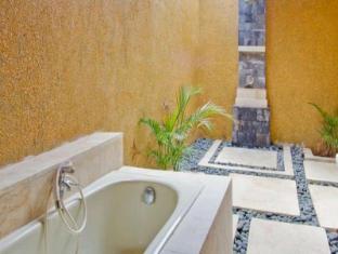 The Tanis Villas Bali - Bathroom