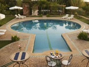 Villa La Petite Marquise Bed And Breakfast Marrakech - Swimming Pool