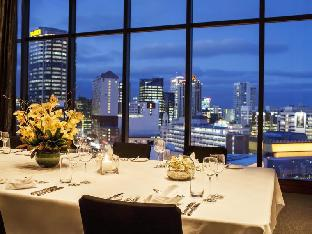 Best guest rating in Auckland ➦ Skycity Grand Hotel takes PayPal