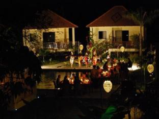 Au Cabaret Vert Hotel Battambang - Surroundings
