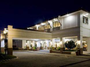 Plaza Del Norte Hotel and Convention Center Laoag - zunanjost hotela