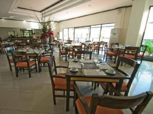 Plaza Del Norte Hotel and Convention Center Laoag - Restaurant