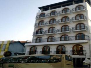 Hotel Casamara Kandy - Hotel Exterior