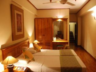 Hotel Casamara Kandy - Deluxe rooms with Balconies