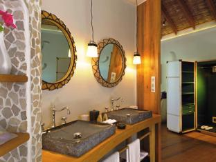Constance Moofushi Maldives Islands - Beach Villa - Bathroom