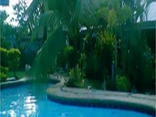 Mondsee Land Resort Bohol - bazen