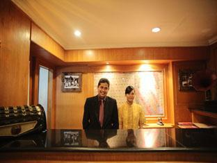 Hotel Budi Palembang - Antiques lobby | Bali Hotels and Resorts