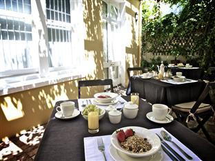 Tintagel Guesthouse Cape Town - Breakfast Outdoor