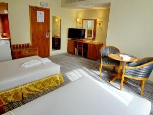Emirates Plaza Hotel Abu Dhabi - Quartos