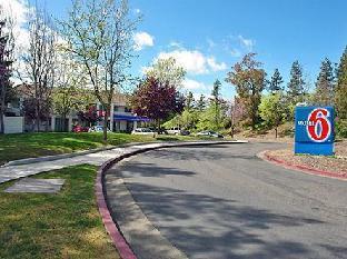 Coupons Motel 6-Santa Rosa CA - North