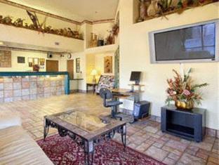 hotels.com Motel 6 Tempe- ASU