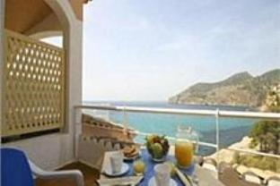 Get Coupons Bahia Camp de Mar Suites