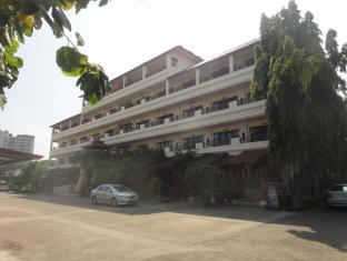 Flora House - Chiang Mai