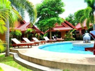 Happy Elephant Resort Phuket - Basen