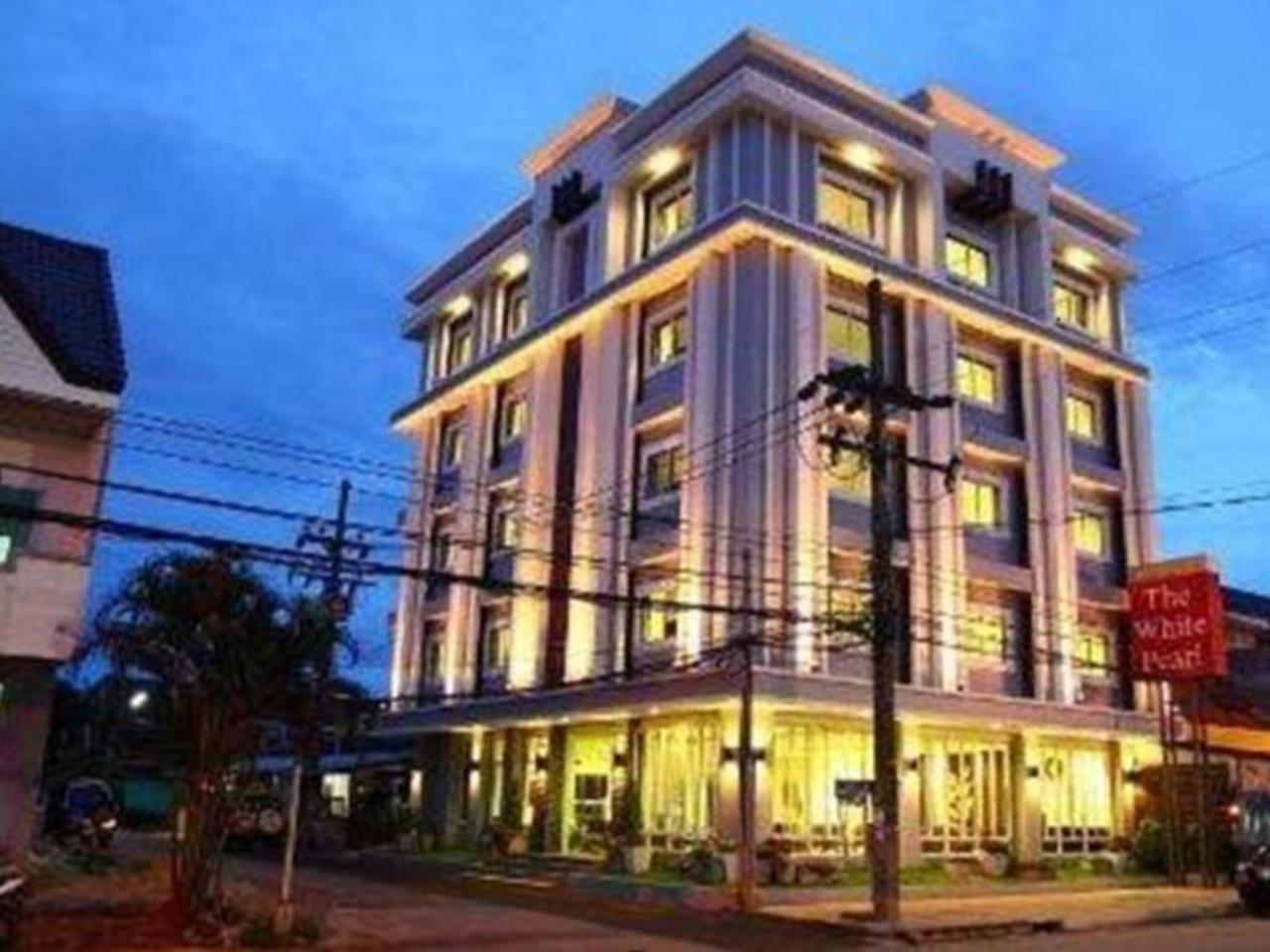 โรงแรมเดอะไวท์เพิร์ล (The White Pearl Hotel)