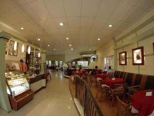 Holiday Spa Hotel Cebu City - Café