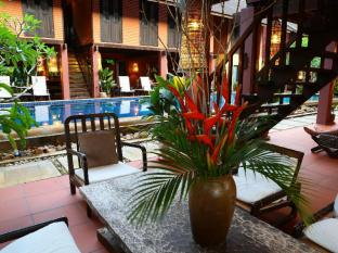 The Village House Kuching - Interiér hotelu