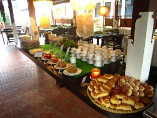 Padang Bai Beach Resort Bali - Breakfast