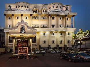 Royal Regal Hotel