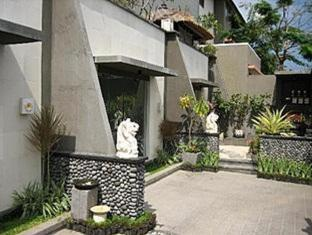 Bali Elephants Boutique Villa Jimbaran Бали - Вход