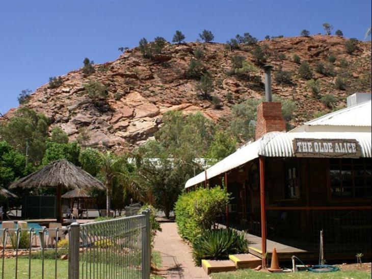 BIG4 MacDonnell Range Holiday Park photo 1