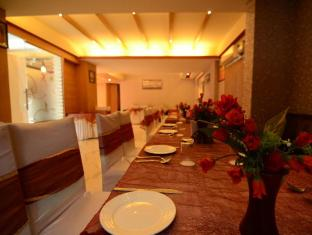 Hotel La Vista New Delhi and NCR - Restaurant