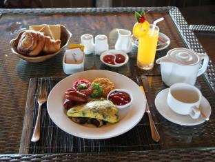 Jimbaran Cliffs Private Hotel & Spa Bali - Jimbaran breakfast
