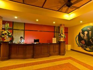 Camp Holiday Resort & Recreation Area Davao - Interior Hotel