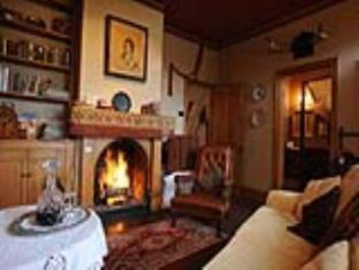 Alice's Cottages and Spa Hideaways hotel accepts paypal in Launceston