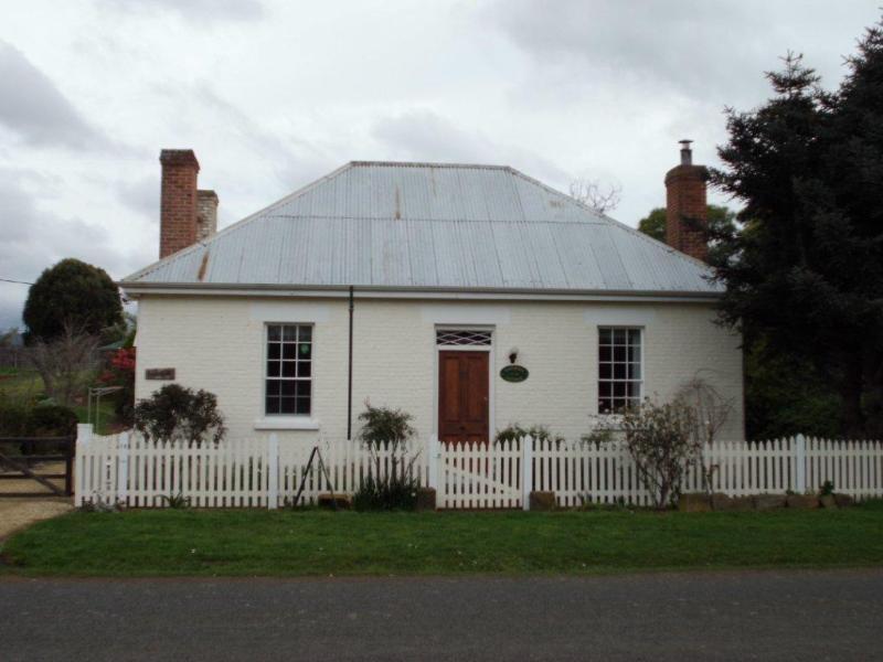 Cottage on Gunning Hobart