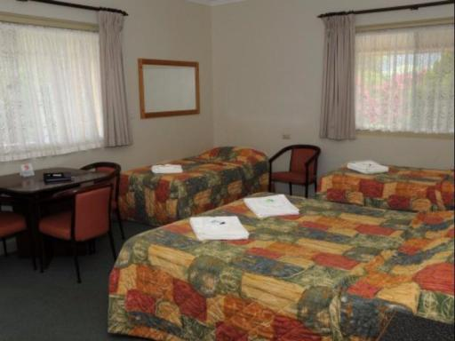 Bucketts Way Motel and Restaurant hotel accepts paypal in Gloucester