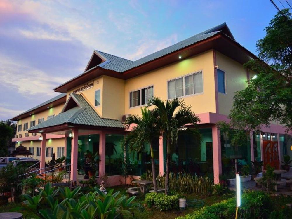 Pornnarumitr Hotel