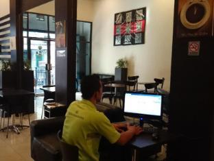 Wisma Sederhana Budget Hotel Medan - Lobi