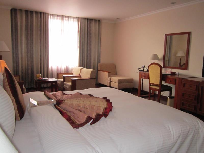 First-Luxury Wing Hotel Saigon