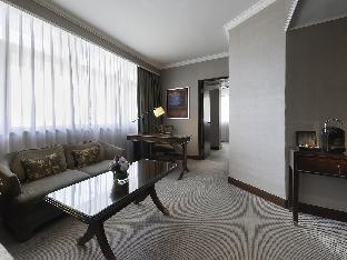Marco Polo HongKong Hotel guestroom junior suite