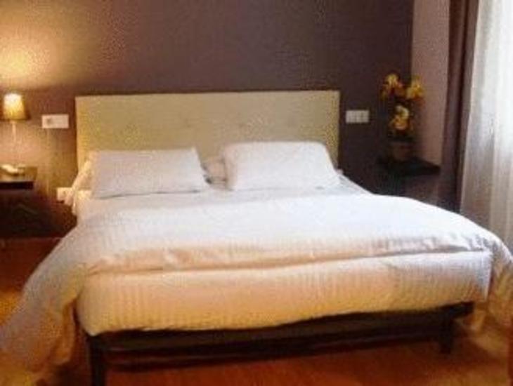 Hotel Arbre De Neu photo 1